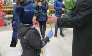 Праздник весны в ТРК «Центр» (фотоотчёт)